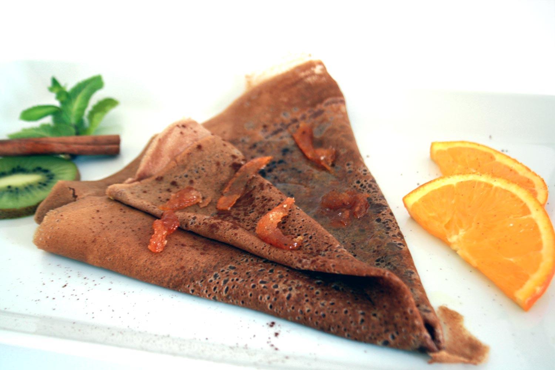 Crêpe tout chocolat marmelade d'orange et confits zest d'orange